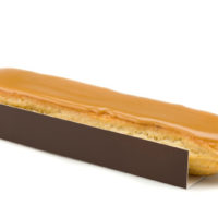 •Pâte à choux •Crema pastelera de café •Glaseado de café Sugerencia: servir frío. $3,85