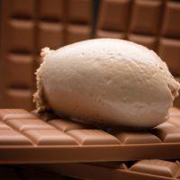 Helado de chocolate con leche 42% de cacao origen Ecuador.