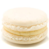 Macarrón relleno de ganache de chocolate blanco perfumada con vainilla natural.