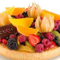 •Masa azucarada •Crema Frangipane •Frutos frescos según la temporada Sugerencia: servir frío.